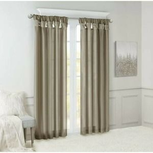 100% Polyester Twisted Tab Lined Window Panel